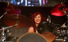 Jen Ledger is so cute AND so tough - BOTH at the same time Jen Ledger, Skillet, Cool Bands, Drums, Music Instruments, Cute, Outfits, Suits, Percussion