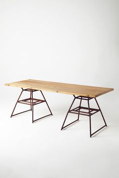 Minimalist Table - anthropologie.eu