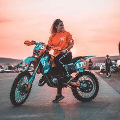 Motocross Couple, Motocross Girls, Motocross Gear, Girl Dirtbike, Dirt Bike Riding Gear, Dirt Biking, Womens Dirt Bike Gear, Dirt Bike Quotes, Motorcycle Quotes