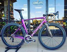Road Cycling, Cycling Bikes, Specialized Road Bikes, Paint Bike, Cafe Racer Bikes, Bike Style, Bike Frame, Bike Art, Plein Air