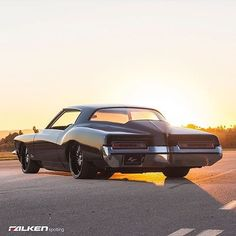 '72 Buick Riviera | On @lexaniofficial Wheels | | www.Lexani.com | @lexaniofficial #Lexani (photo:@pindidit)