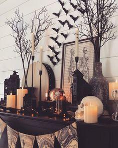 Halloween Queen, Halloween Inspo, Halloween Home Decor, Halloween House, Halloween 2020, Holidays Halloween, Vintage Halloween, Halloween Crafts, Happy Halloween