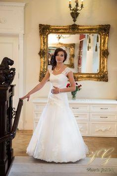 Suknia ślubna nr 7 z kolekcji Toscana #victoriagabriela #weddingdress