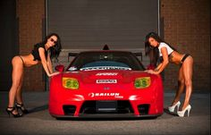 Sexy car, 2 sexy girls & hide plate gadget ► 007Plate.com ◄