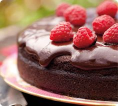 The Ultimate Chocolate Cake. This is the cake that can become your secret weapon for dinner parties and special occasions. http://www.annabel-langbein.com/