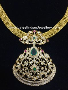 gold mesh chain traditional diamond pendant