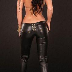 Resultado de imagen de moda polipiel pantalones