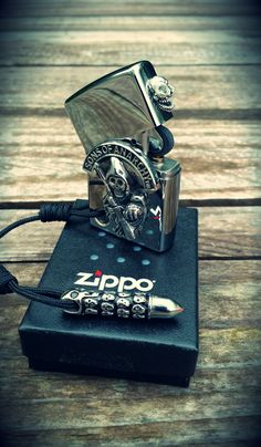 Custom Zippo  customized by Schiller