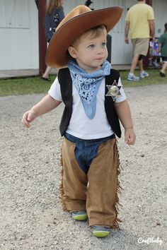 Craftbaby | {Halloween} DIY Cowboy Costume for Toddlers