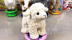 Did you know that LAMBS can WALK in just MINUTES after they are born? And do you know why the donkey is so stubborn? Find out these secrets and many interest. Fun Facts About Animals, Animal Facts, Youtube Banners, Funny Toys, The Donkey, Donkeys, Lambs, You Youtube, Pet Toys