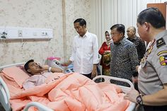 Indonesian President and VP visiting Jakarta bombing victim