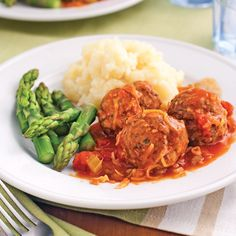 Meatball stew Tuscan - Recipes - Food and nutrition - Pratico Practice Meatball Recipes, Meat Recipes, Healthy Recipes, Meatball Stew, Yummy Recipes, Minced Meat Recipe, Tuscan Recipes, Confort Food, Batch Cooking