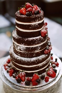 chocolate naked wedding cake from the Big Fake wedding show in Charlotte, North Carolina #trendybride