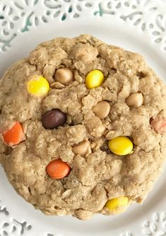 Triple Peanut Butter Monster Cookies - Together as Family Peanut Butter Candy, Peanut Butter Cookie Recipe, Cookie Recipes, Dessert Recipes, Cookie Desserts, Butterfinger Cookies, Chocolate Chip Pudding Cookies, Soft Monster Cookies, Cookie Monster