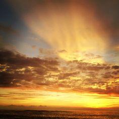 atardecer en la playa el silencio