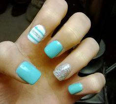 Cute tiffany blue nails