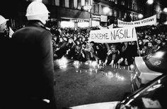 Národní třída, 17. listopad 1989  (Foto: Jan Šibík) Velvet revolution