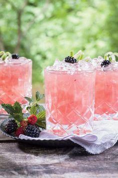 Summer Cobbler Cocktail!