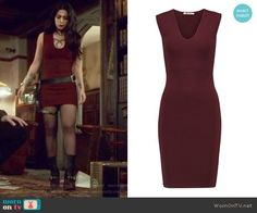 Isabelle's red ribbed mini dress and boots on Shadowhunters Red Dress Outfit, Burgundy Outfit, Dress Outfits, Cute Outfits, Isabelle Lightwood, Clary Fray Style, Shadowhunters Outfit, Dark Red Dresses, Tv Show Outfits