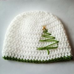 Christmas Tree Hat - pic only, no link, but this would be so easy to add to a simple crochet hat! Crochet Cap, Crochet Baby Hats, Crochet Beanie, Love Crochet, Knitted Hats, Crochet Motif, Love Knitting, Knitting Patterns, Crochet Patterns