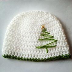 Christmas Tree Hat – so simple but so sweet!   DIY Creator