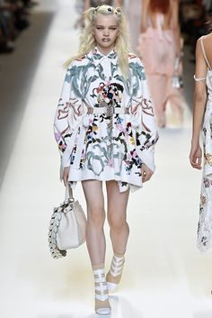 Fendi Milan RTW Spring Summer 2017 September 2016