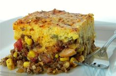Stick to Your Ribs Dinner Recipe: Chili Pie with Green Chile and Cheddar Cornbread Crust - foodista.com
