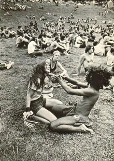 an overview of the hippie culture in america W j rorabaugh, professor of history at the university of washington in seattle, is the author of american hippies (cambridge university press), which offers a brief overview of the sixties.