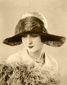 retro vintage photo of a woman