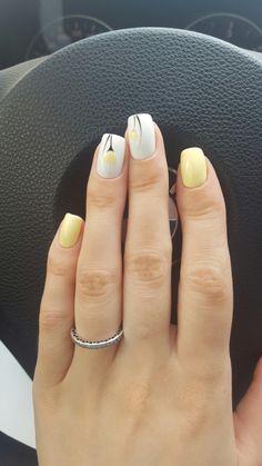 #summernails #yellow #white