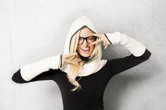 Shanks Knitwear Hood & Armwarmer Off White © alexreinprecht. Bell Sleeves, Bell Sleeve Top, Shank, Off White, Knitwear, High Heels, Cap, Collection, Women