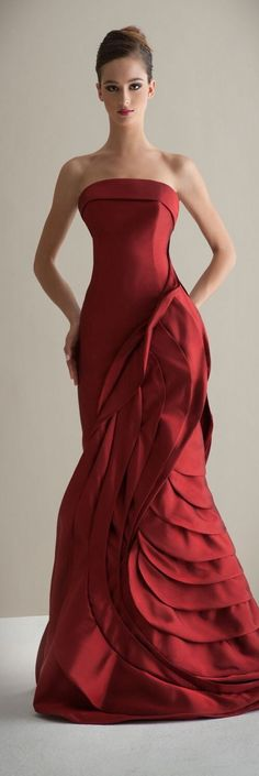 The FashionBrides is the largest online directory dedicated to bridal designers and wedding gowns. Find the gown you always dreamed for a fairy tale wedding. Red Wedding Dresses, Wedding Gowns, Bridesmaid Dresses, Formal Dresses, Red Fashion, Fashion Outfits, Bridal Fashion, Divas, Beautiful Gowns