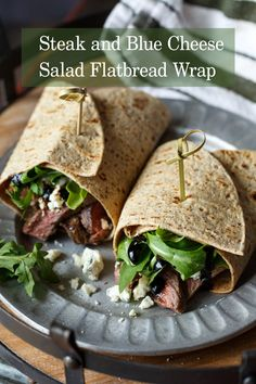 1 Flatout® Flatbread 3-6 oz grilled steak or roast beef, sliced Small handful of crumbled blue cheese or roquefort 2 handfuls fresh arugula Small sprig of rosemary Olive oil Salt and freshly ground pepper 1/4 cup Balsamic vinegar In a small saucepan over medium heat, reduce balsamic vinegar with the sprig of rosemary until about Continue Reading...