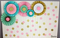 How To Make Paper Rosettes: Birthday Backdrop – Darice - Paper Diy Paper Fan Decorations, Diy Birthday Decorations, Birthday Backdrop, Birthday Table, Birthday Diy, Parties Decorations, Paper Fans Wedding, Party Kulissen, Ideas Party