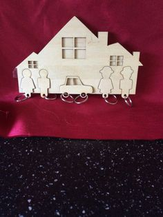 Wall key holder with five fobs by Kraftylazers on Etsy
