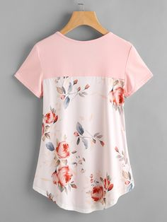 Crisscross Front Contrast Florals Back Curved Hem Tee Clothing Patterns, Dress Patterns, Umgestaltete Shirts, Mode Kimono, Diy Fashion, Fashion Outfits, Altering Clothes, Clothing Hacks, Sewing Clothes