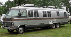 Though Airstream no longer makes a Class A, this was their vintage offering in the motorhome department. Photo by Ken Ratcliff