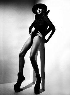 Catherine Mcneil - Femme Fatale