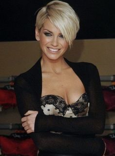 Short hairstyle and haircuts (230)
