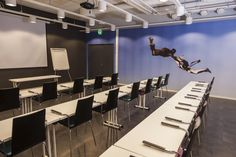 Meeting room Free with skydiving theme, max. 40 seats (theater)