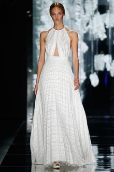 Fashion Friday: YolanCris Haute Couture Bridal 2016 | Hong Kong Wedding Blog