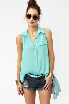 Note: Shirt - I can't wait till I'm thin enough to tuck my shirt in like this