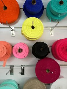 #bda_factory . . O #bda_factory produz coleções de pequenas, médias e grandes quantidades. Desenvolvemos a modelagem e fazemos os protótipos. A necessidade do cliente é a essência do nosso trabalho.  Gostava de saber mais informações? Entre em contacto connosco: geral@bdalisboa.com +351 924484995 (WhatsApp) www.bdalisboa.com  #bdalisboa #bdainspira #consumosustentavel #madeinportugal #whomademyclothes