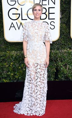 Kristen Wiig Dress: Reem Acra Golden Globe Awards 2017, Golden Globes After Party, Red Carpet Looks, Red Carpet Dresses, Red Carpet Fashion, Peplum Dress, White Dress, Glamour, Formal Dresses