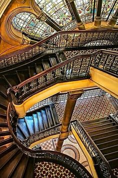 Staircase at Queen Victoria Building, Sydney, Australia. Love this building. Art Nouveau, Architecture Cool, Romanesque Architecture, Victoria Building, Take The Stairs, Stairway To Heaven, Staircase Design, Grand Staircase, Beautiful Buildings