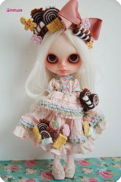 Ooak Custom blythe doll :sweet cookie by Funt of Funtland on Etsy