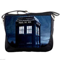 6e4b2400a7b Doctor Who Tardis Police Box At Snowing Winter Shoulder Messenger Bag