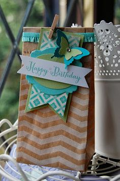 Block Bottom Bag created using a Chevron Tag a Bag, purchase your Stampin' Up! products with me at www.stampinspiration.stampinup.net