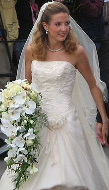 Princess Tessy of Luxembourg (née Tessy Antony; born 28 October 1985) is the wife of Prince Louis of Luxembourg,  son of Henri, Grand Duke of Luxembourg. married Prince Louis in 2006. Two children: 1. Prince Gabriel Michael Louis Ronny of Nassau (born 12 March 2006). 2.Prince Noah Guillaume of Nassau (born 21 September 2007).