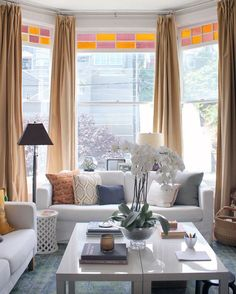 """smpliving en Instagram: """"We are always in awe of spaces with so much #naturallight! And this #SanFran #home has so much of it! See the full #hometour from @popsugarhome on the blog now! 
